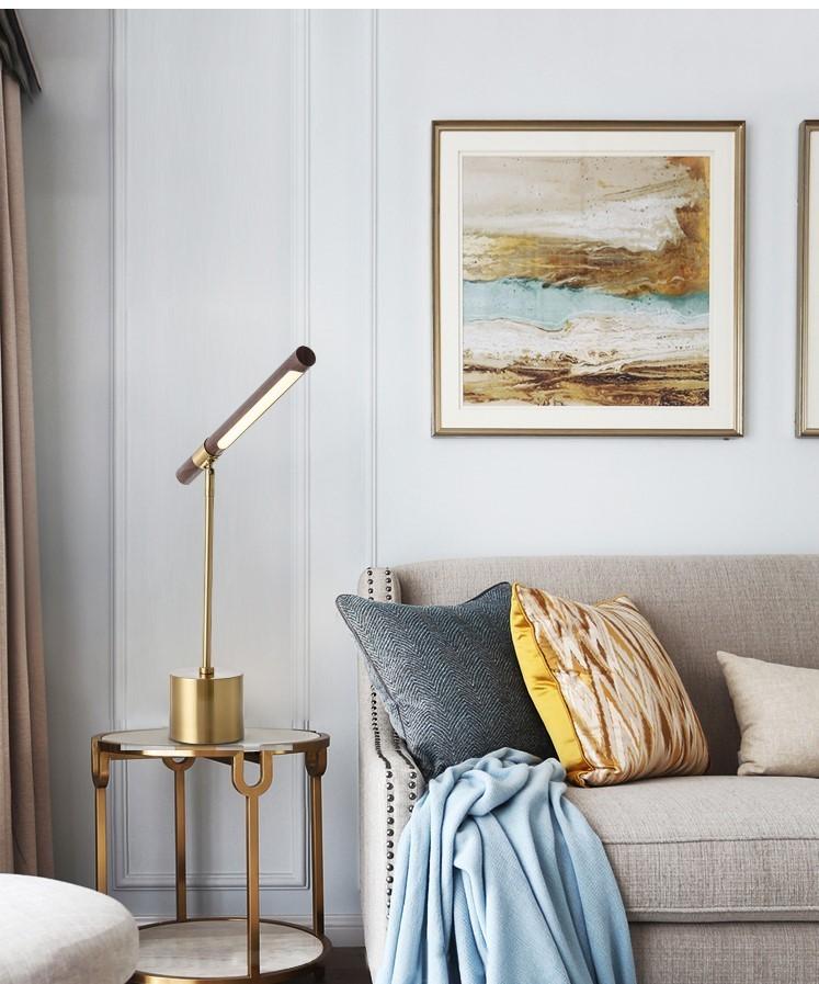Đèn ngủ để bàn Wooden Lima trong trang trí không gian phòng khách