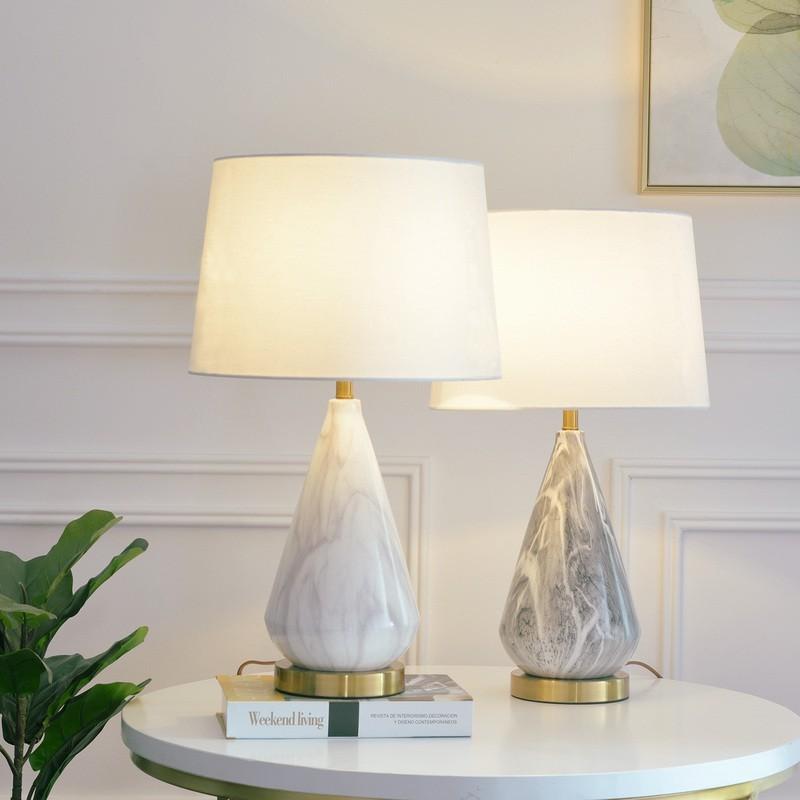 Đèn Tinama đá cẩm thạch thiết kế sang trọng cho không gian phòng
