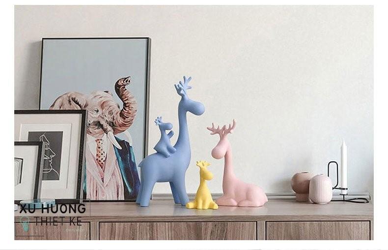 Trang trí và điểm tô kệ tủ với tượng Happy Deers