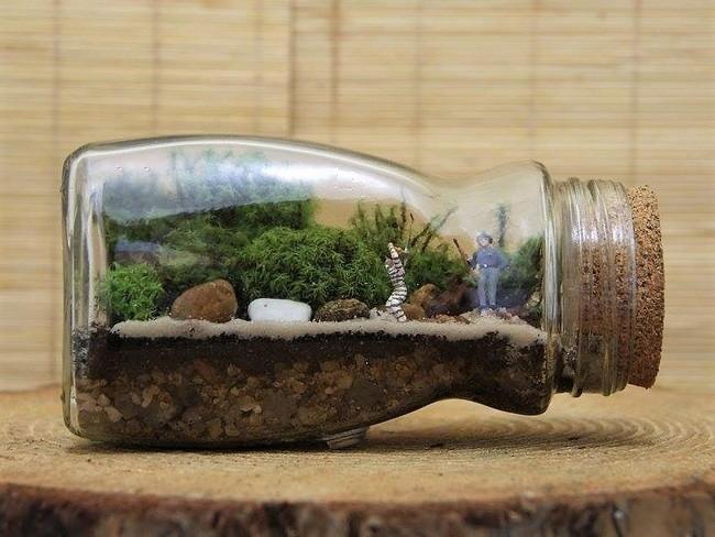 Ngoài bóng đèn decor ra, bạn cũng có thể áp dụng cho các chai nước, lọ thủy tinh với nút thắt