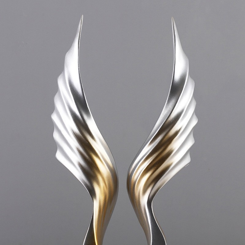 Chi tiết Tượng trang trí Wings Heart