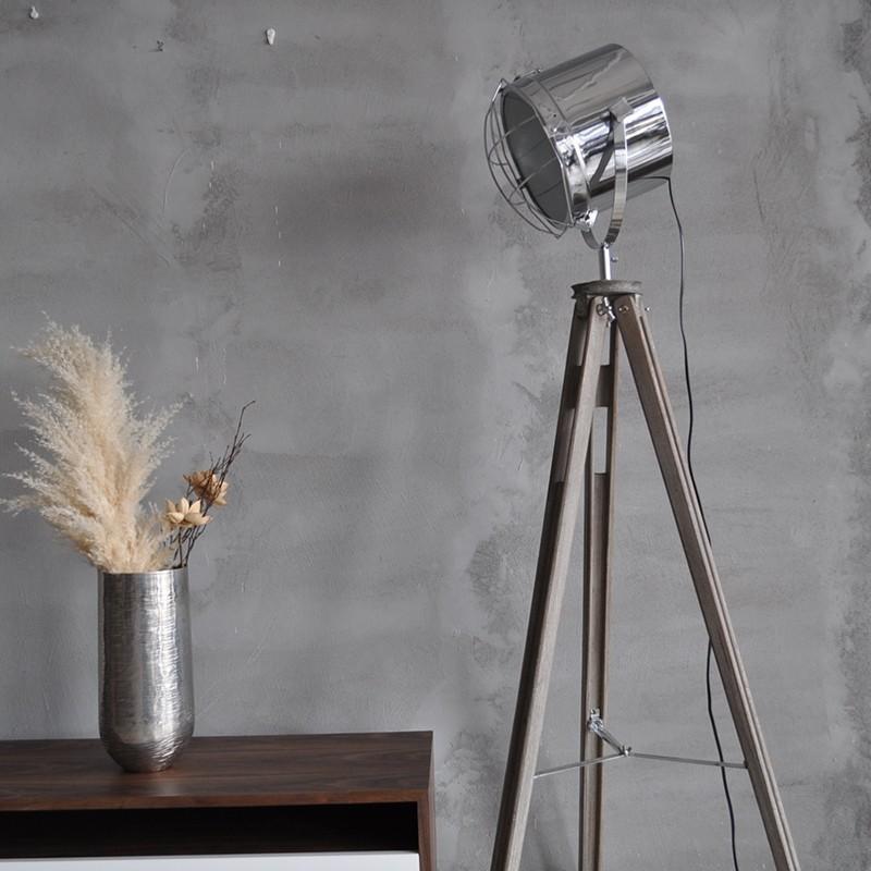 Đối với căn phòng phong cách hiện đại, vẻ đẹp của đèn vẫn được làm nổi bật