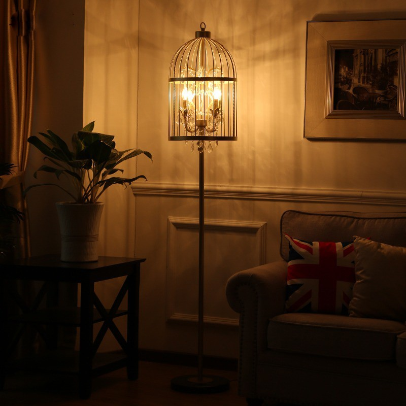 Vẻ đẹp huyền ảo của đèn cây đứng khi tắt đèn