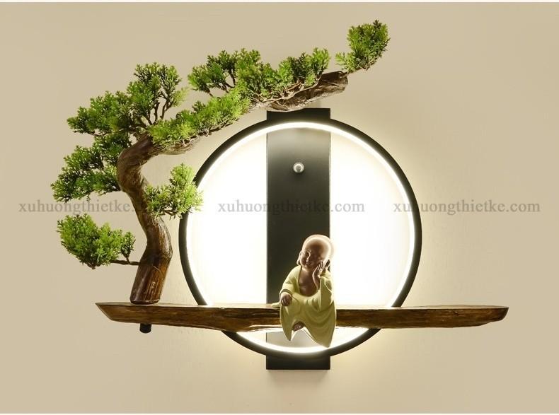 Đèn treo tường tiểu cảnh chú tiểu bên gốc bồ đề được làm bằng những nguyên vật liệu tốt và cao cấp