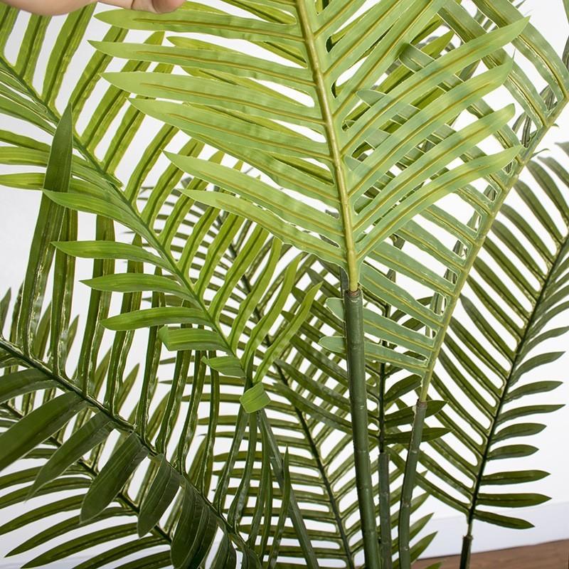 Lá cây dừa được làm từ nhựa PE - an toàn, không độc hại