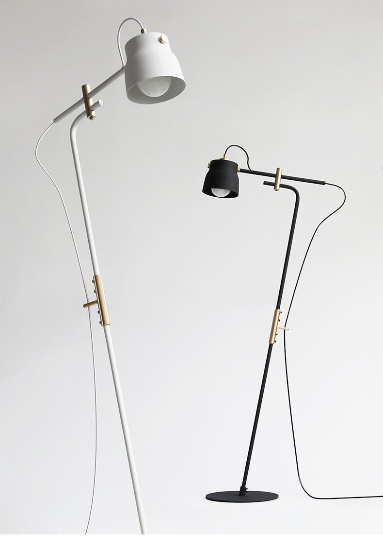 Đèn cây đứng Lacos - mẫu đèn mang phong cách Industrial mạnh mẽ