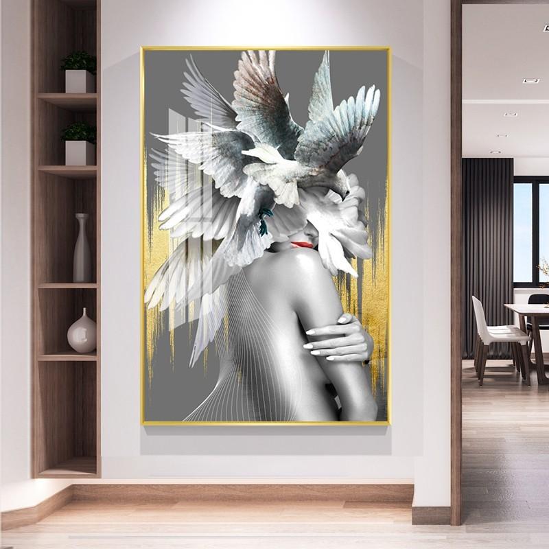 Vẻ đẹp gợi cảm cùng bờ vai nõn nà được thể hiện trong tranh bán nude nghệ thuật Sexy Smooth