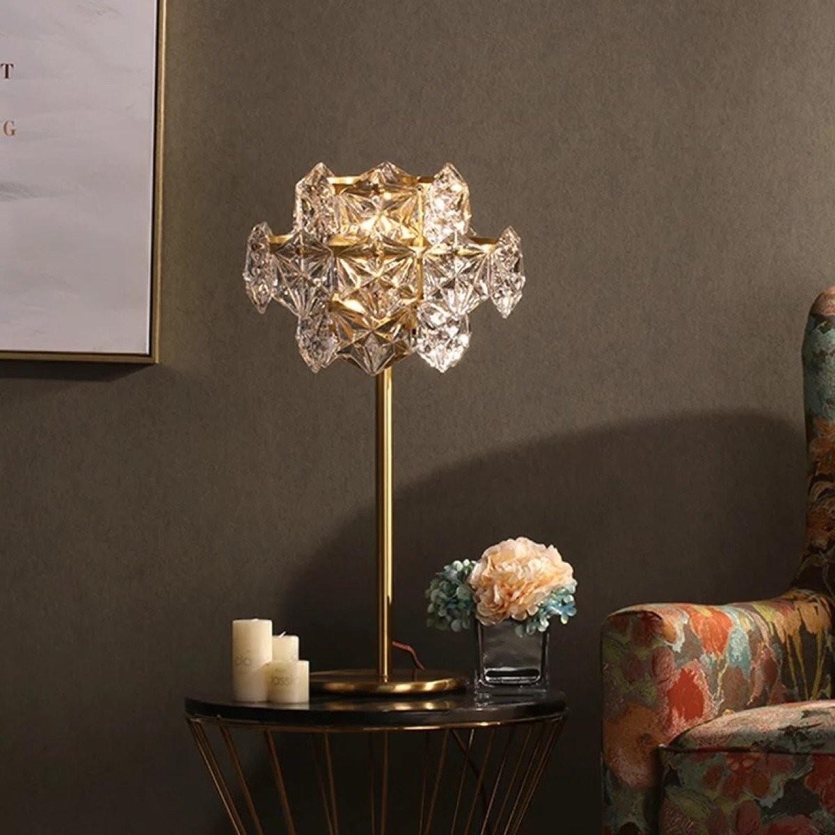 Đèn pha lê Golden Crystal để bàn