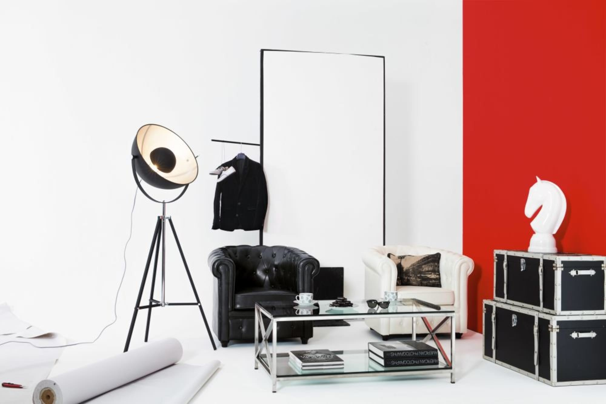 Đèn cây studio Phera trong set phối trang trí