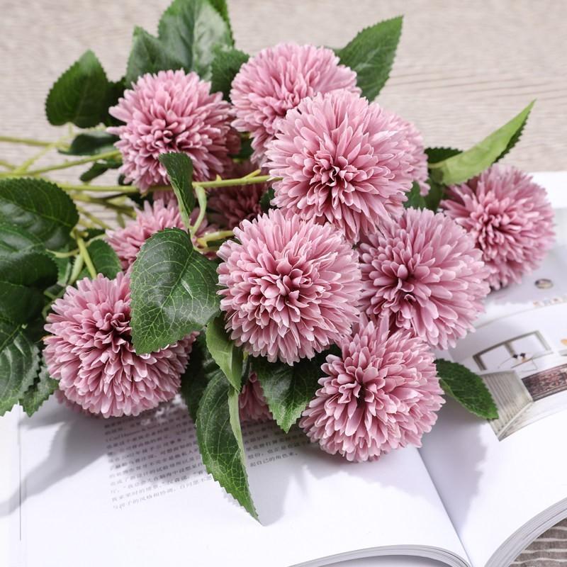 Hoa cẩm tú cầu màu tím nhạt