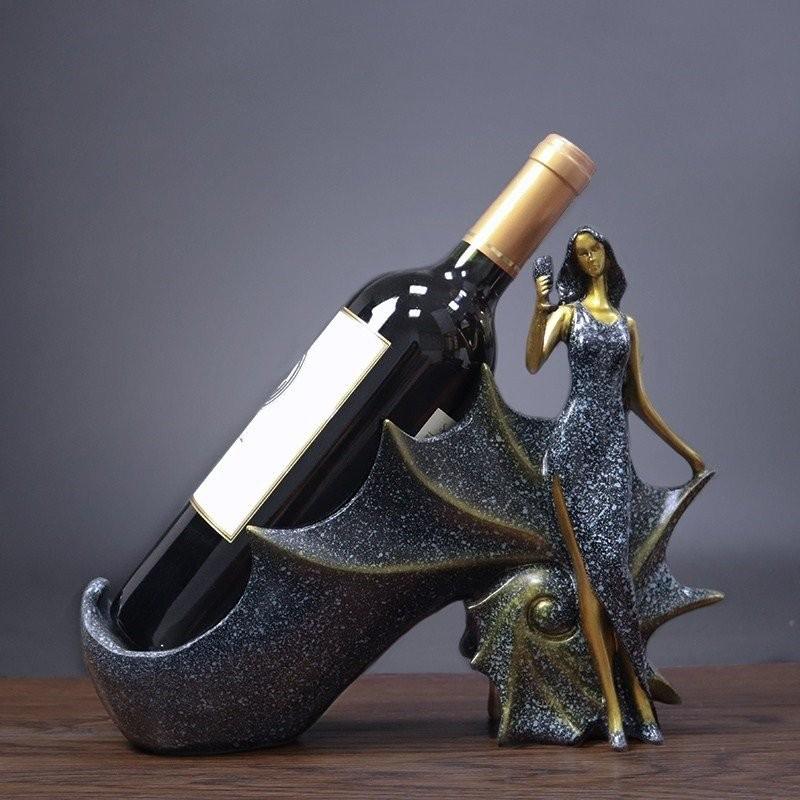 Kệ rượu cô gái vivian