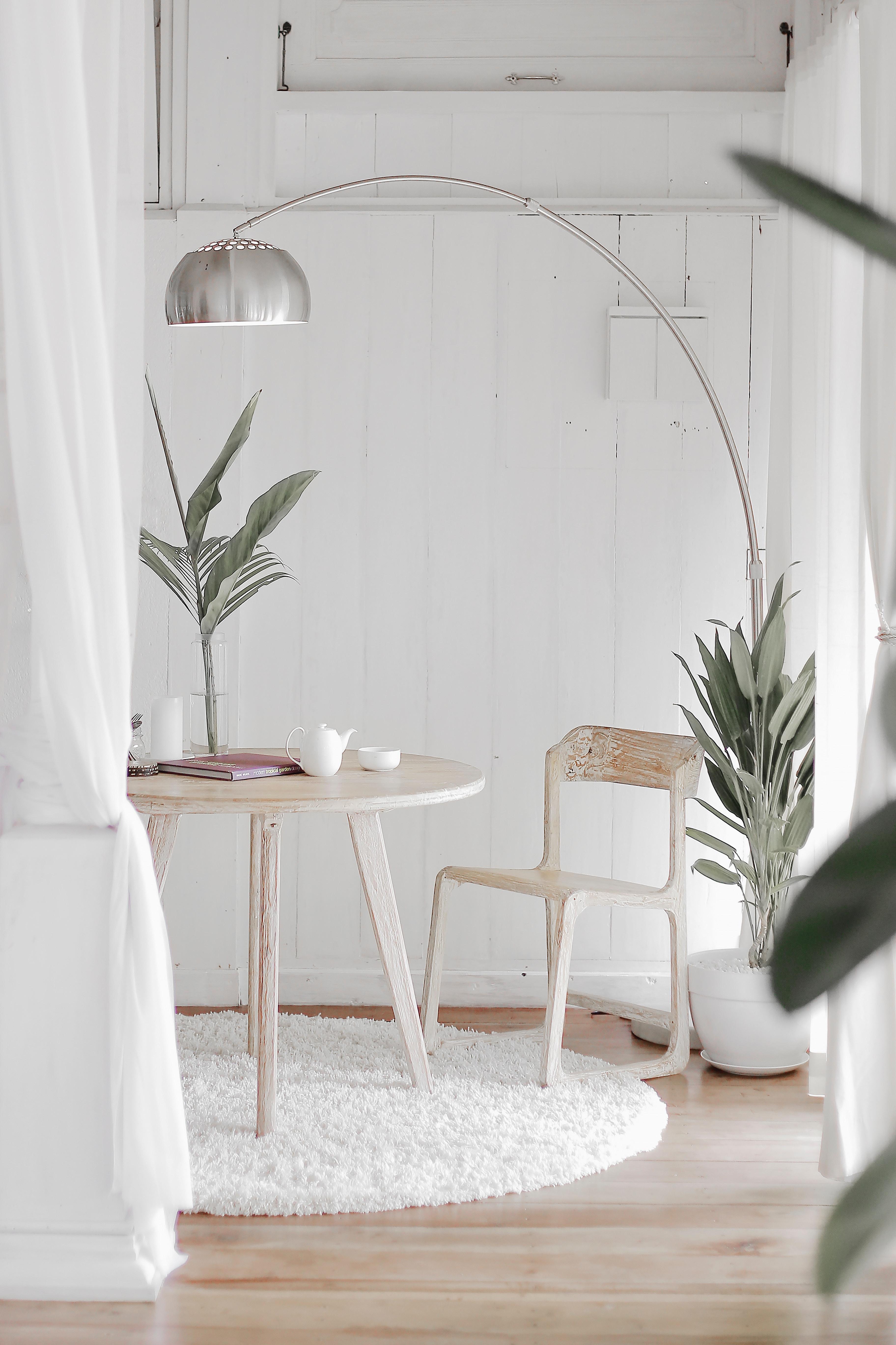 Đèn cây đứng Polosee sự lựa chọn phù hợp cho những căn phòng mang phong cách Bắc Âu Hygge nhẹ nhàng, ấm áp