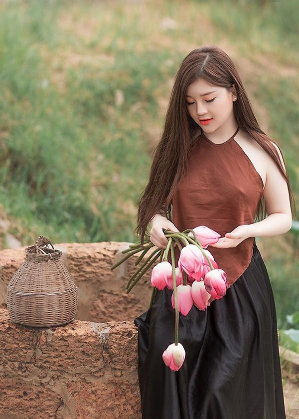 Hoa sen hồng phấn