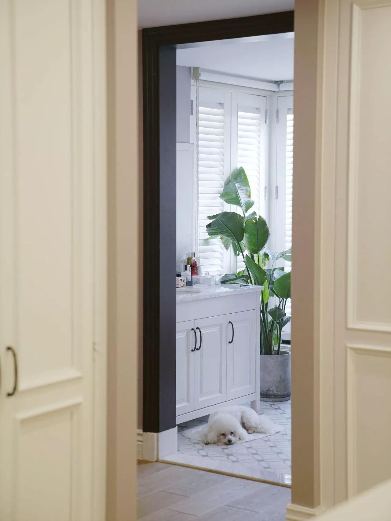 Không gian phòng tắm đẹp và mang màu sắc tự nhiên