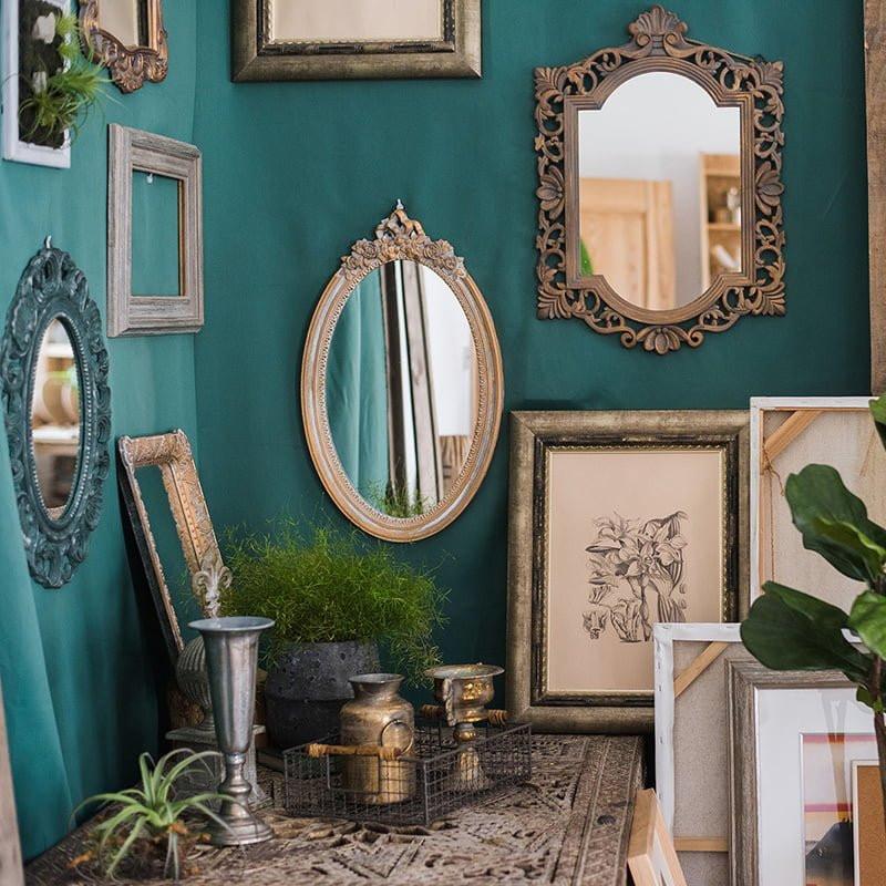 Gương treo tường cổ điển decor và trang trí không gian