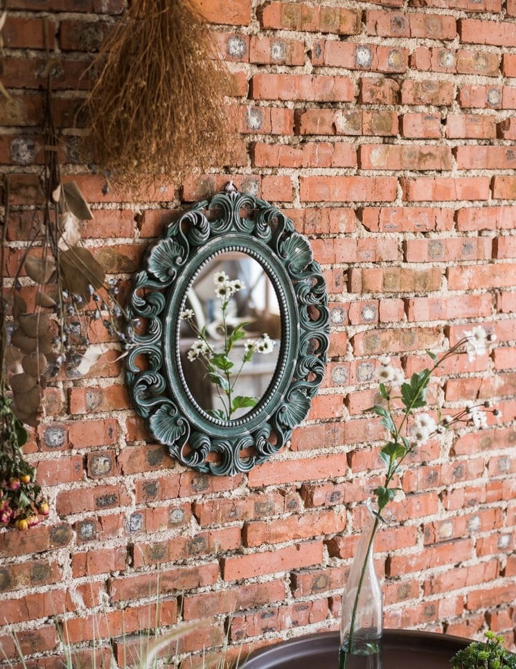 Decor không gian ngọt ngào và lãng mạn với các mẫu gương treo tường cổ điển