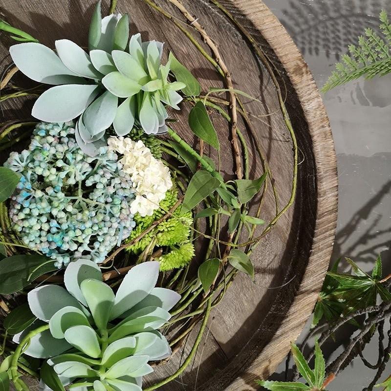 Chi tiết vòng hoa vintage trang trí