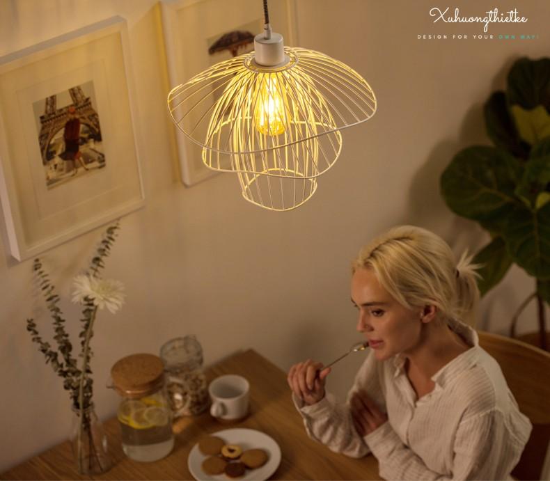 Đèn thả trần Rosy trong không gian bàn ăn